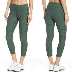 NWT! Outdoor Voices 3/4 leggings Small